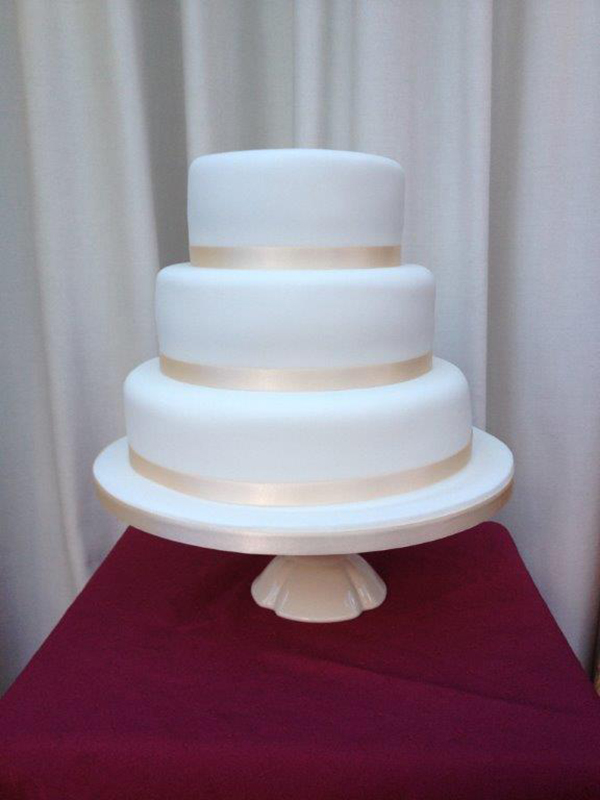 The Cake Company Leamington Spa Value Wedding